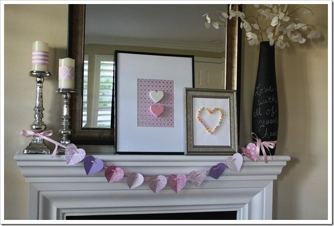 Sweetheart Valentine Mantel {for under $5}