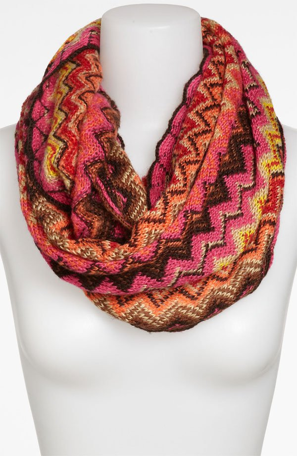 David & Young Zigzag Knit Infinity Scarf