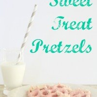 How to Make Valentine Treats {Pink Pretzels}