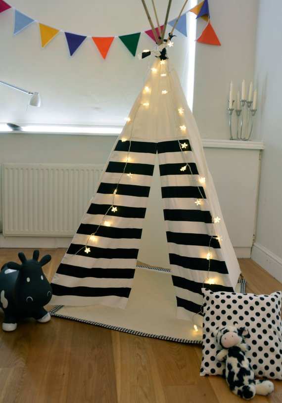 Teepee Play Tent -tipi- Black and White - Monochrome - Poles included