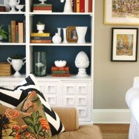Five Ways to Style Bookcases