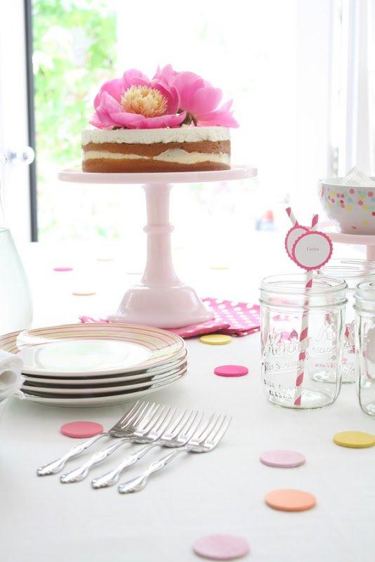 Simple DIY Party Décor: Polka Dots & Peonies