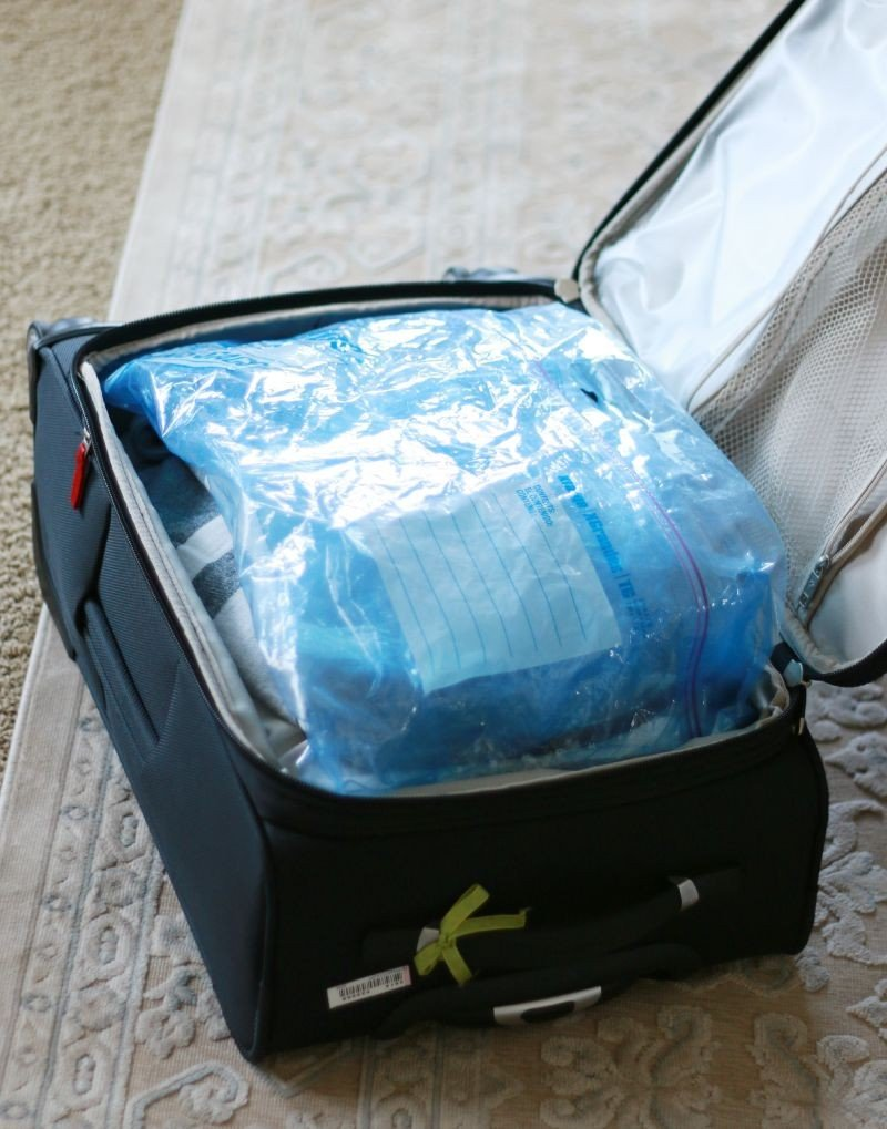 travel zip lock