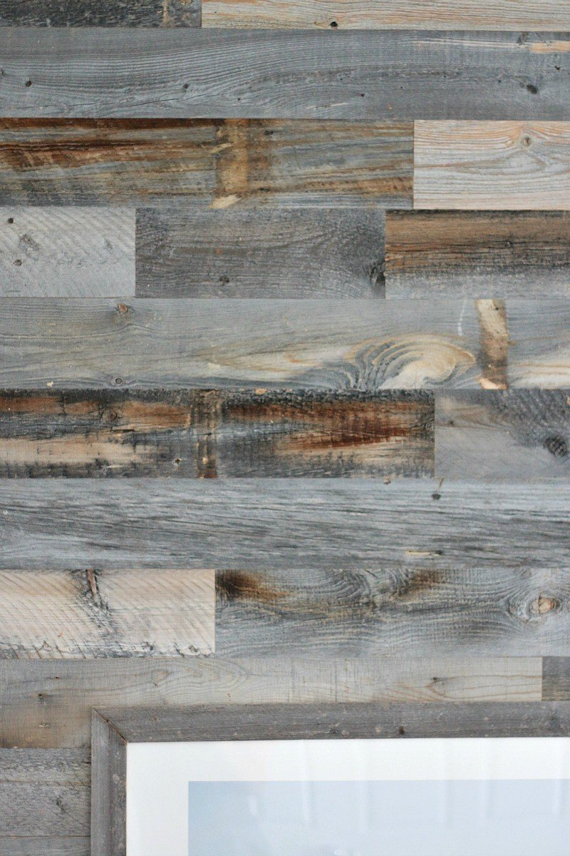 wood wall peek