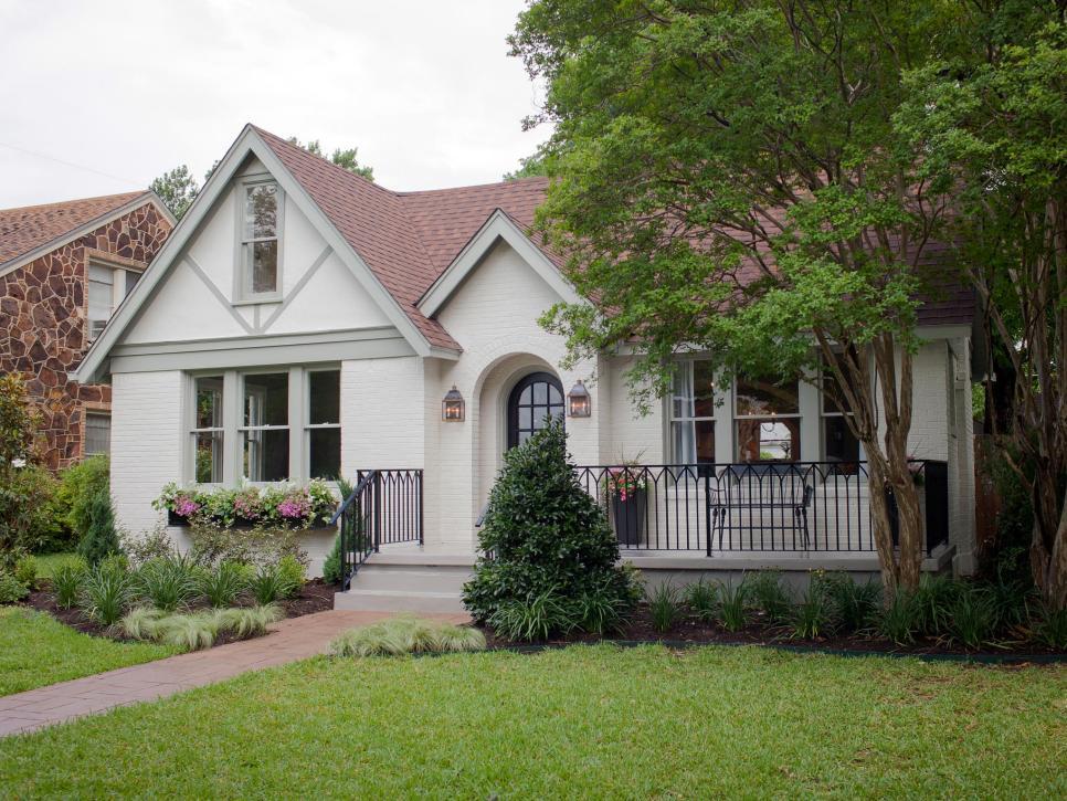 Restored tudor house keeps original features