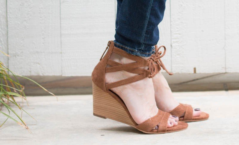 wedges with laces