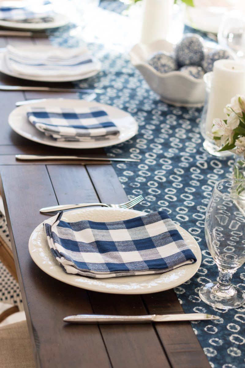 blue-and-white-table-6