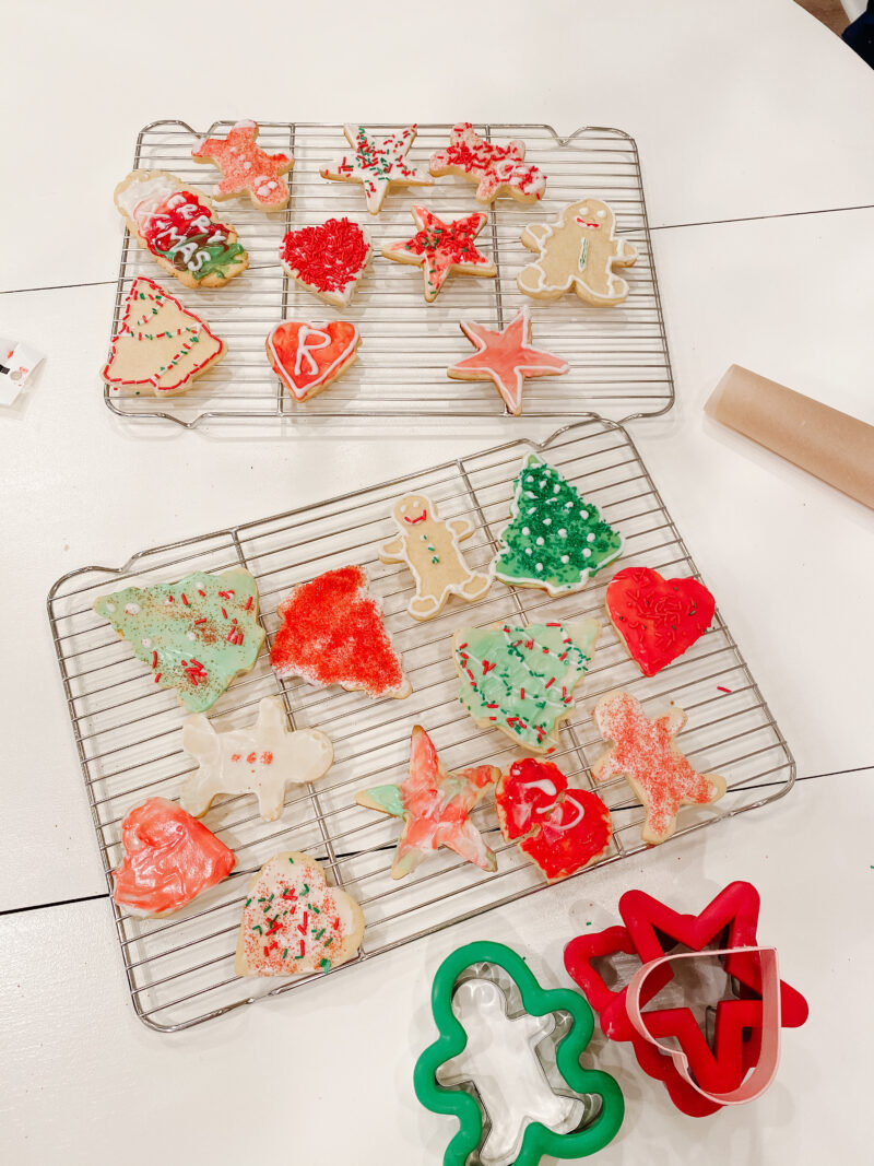 caking cookies