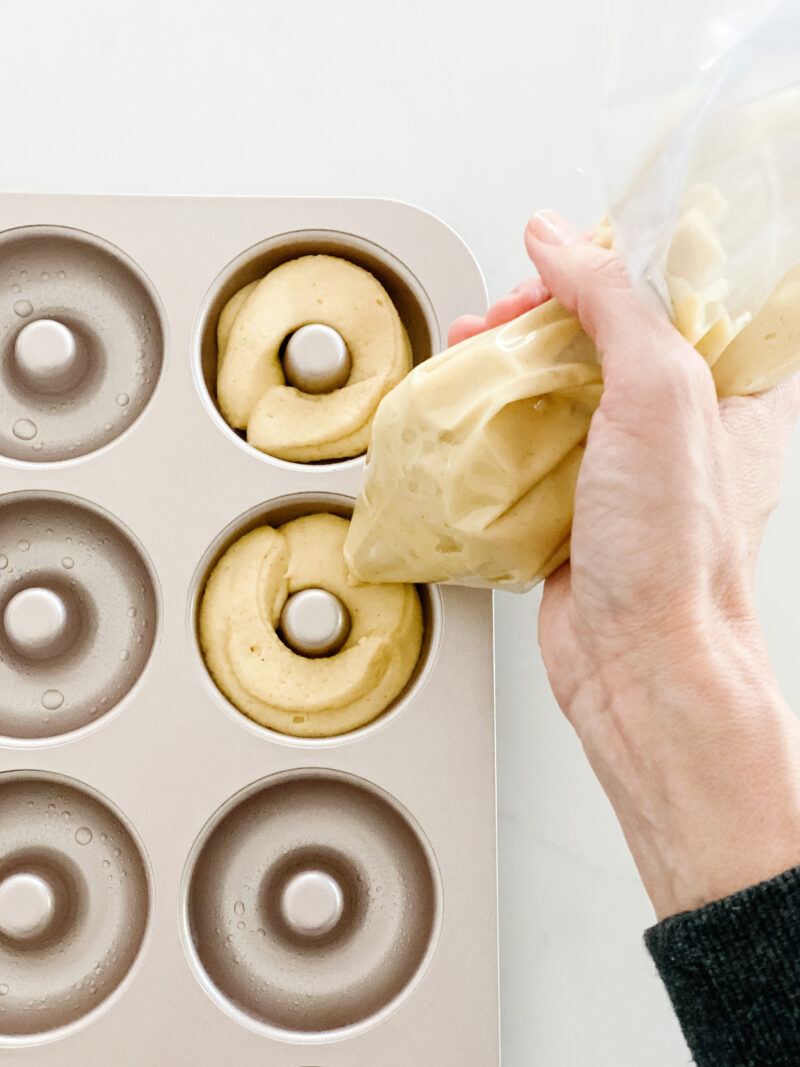 fill the donut pan