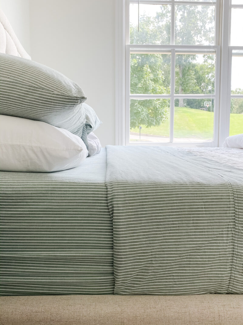 green striped sheets